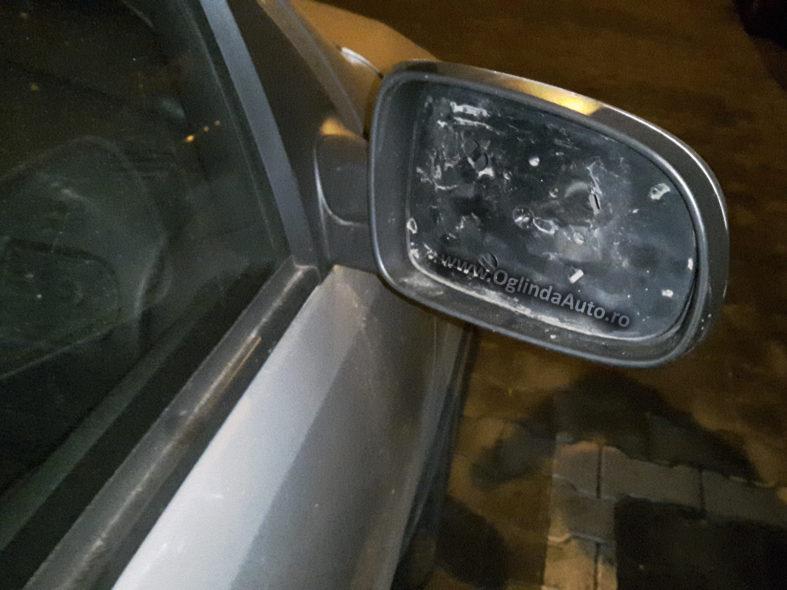 Cu ce se lipeste o sticla de oglinda la masina Opel Corsa C